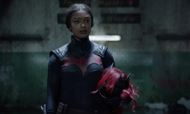 'Batwoman' Group on Creating Connection In Between Ryan and Alice, Continuing the Kryptonite Risk in Season 2